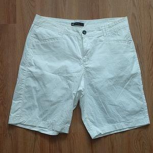 Lee Natural Fit White Shorts sz 12
